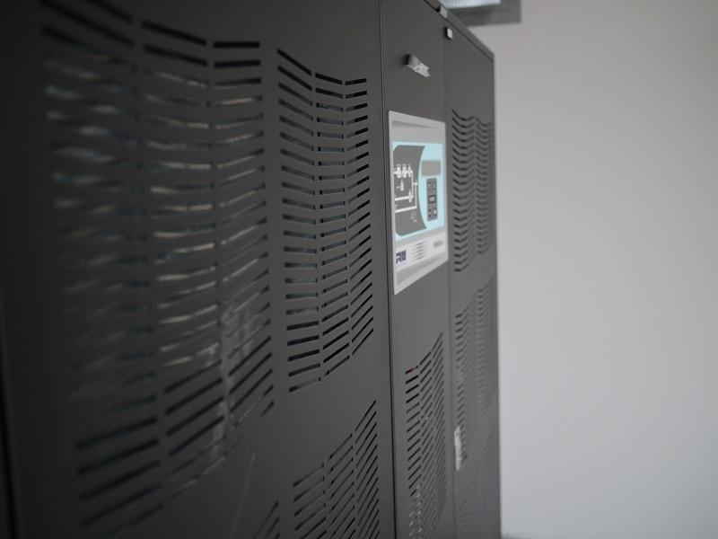400kVA UPS